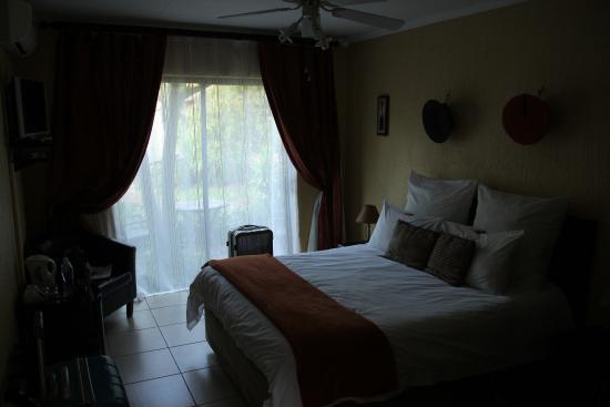 Sitatunga Guest Lodge & Transfers: Chambre