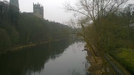 The Brown Horse Hotel: view from durham - park and ride only 2 pounds