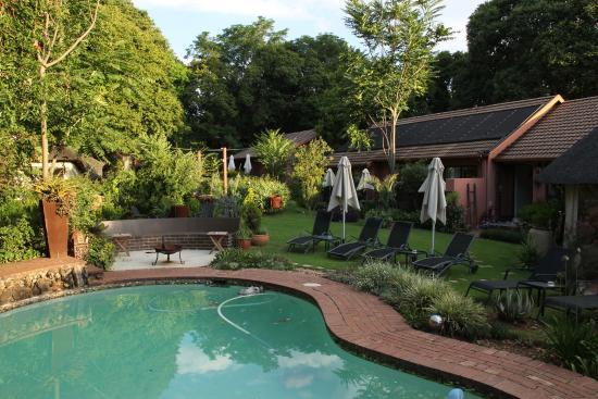 Sitatunga Guest Lodge & Transfers: Extérieur