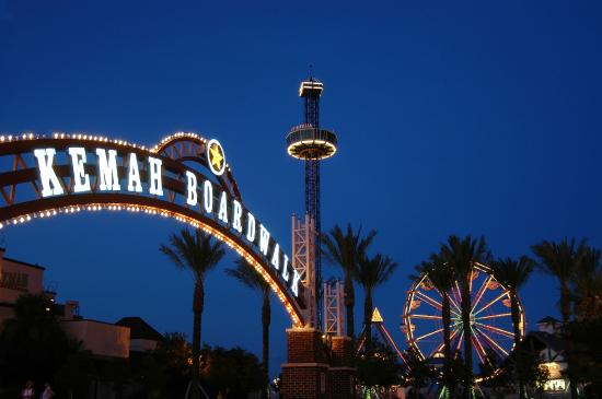 Bay Area Houston, TX: Kemah Boardwalk at night