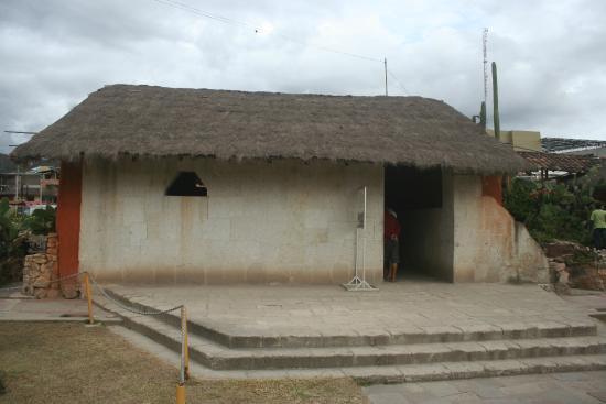 Imagenes De Los Baños Del Inca:Foto de Baños del Inca, Cajamarca: entrada a los banos del inca