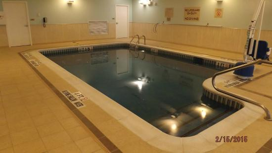 SpringHill Suites Pittsburgh Southside Works: Swimming pool