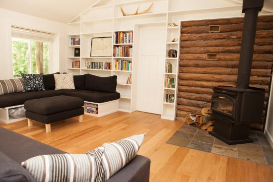 Sunwolf: Fisherman's Cottage - Seating Area