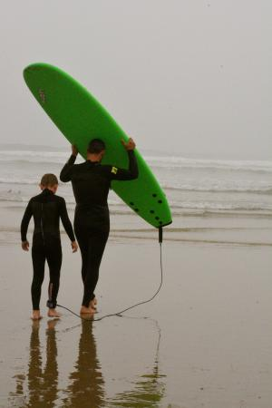 Pismo Beach Dive Shop: Surf lesson with Tommy
