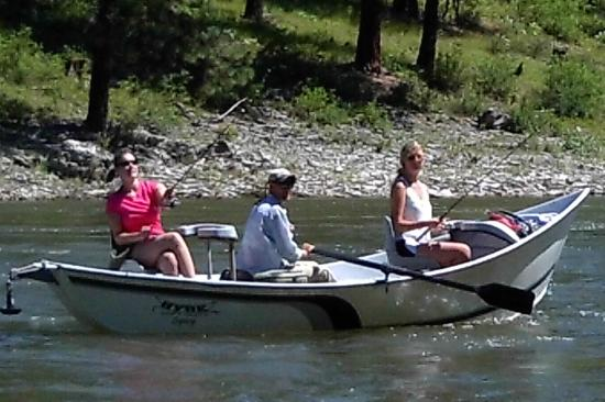 Superior, MT: Float fishing on the Clark Fork River
