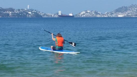 Playa Icacos: Margaret heading away!!