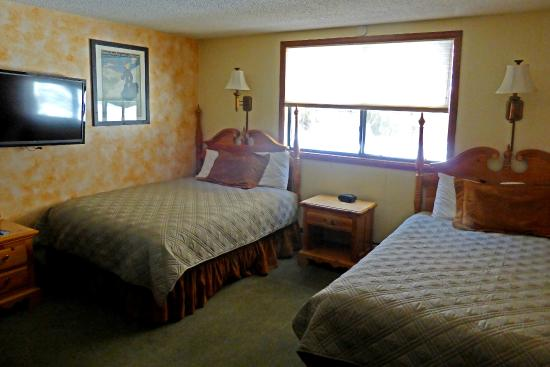 Tyrolean Lodge: Double beds