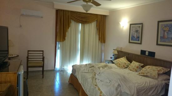 Orquideas Hotel & Cabanas: Esta la foto real de la habitación!!