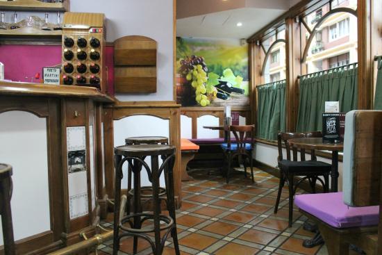 Haro's Tavern