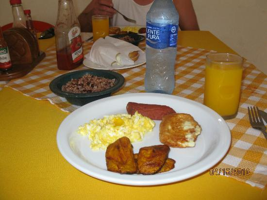 Waspam, Nicarágua: Breakfast at the Hotel