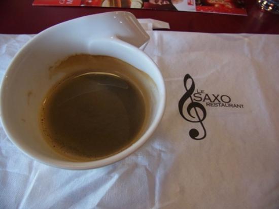 Restaurant Le Saxo : 紙ナプキンはサックスの絵