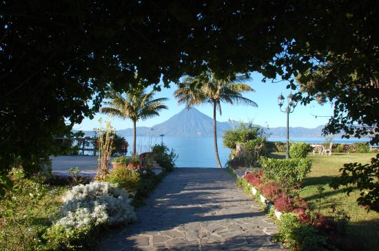 Jardines del Lago: Weg zum Steg