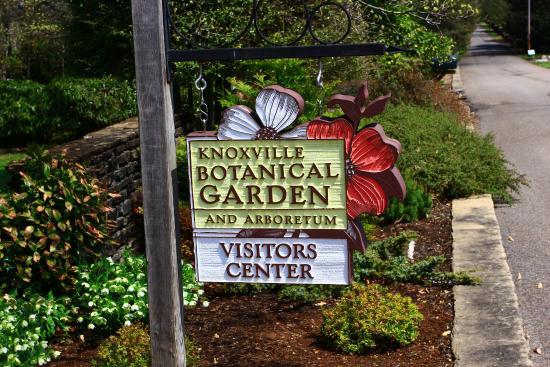 Attirant Knoxville Botanical Garden