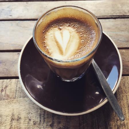 Little Cove Coffee Co. : Piccolo :)