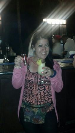 Caribe Club Princess Beach Resort & Spa: En el bar muy buena atencion !!!