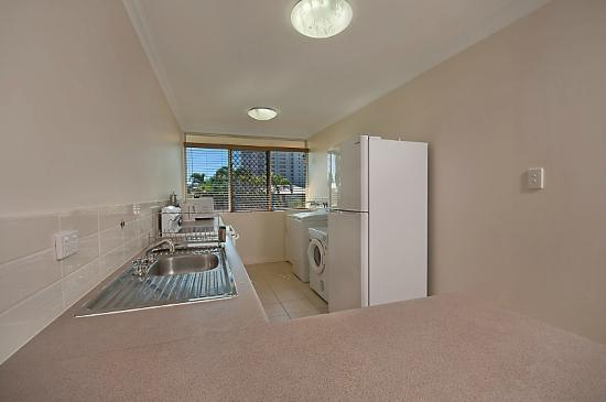 Townsville Holiday Apartments Upstairs 2 Bedroom Apartment 91 Eyre