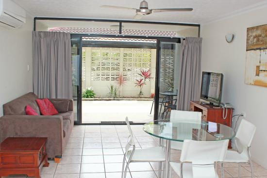 Townsville Holiday Apartments Ground Floor 2 Bedroom Apartment 91