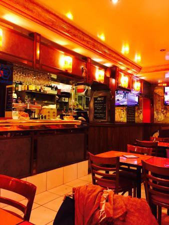 Cafe La Colonnade: 店内