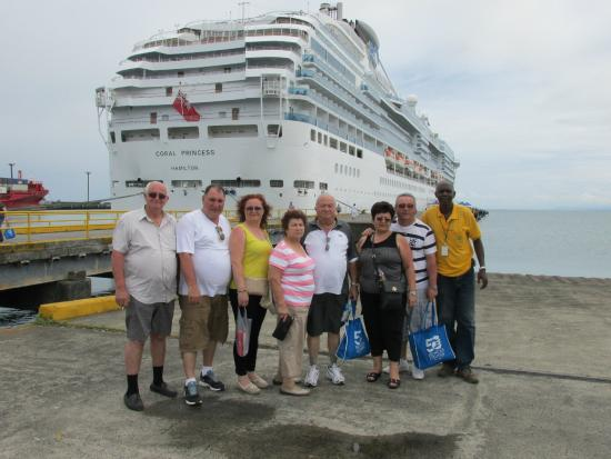 Oregon Tours Costa Rica: We are at the pier close to the ship we went on a day tour
