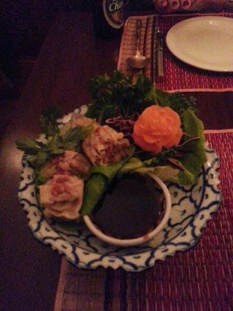 Aumthong Thai