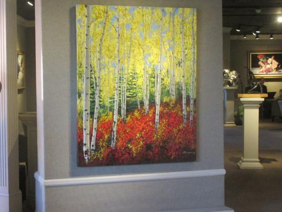 Chloe Gallery