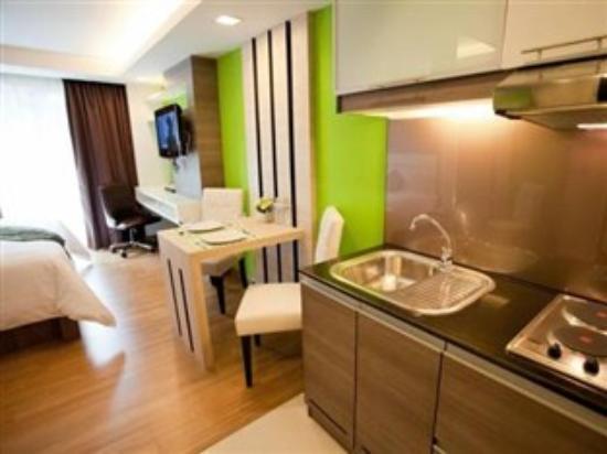 iCheck inn Residences Sukhumvit 20: room