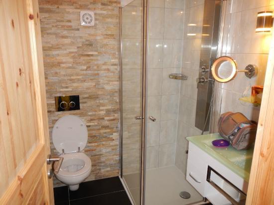 la salle de bain - Bild von Hotel Hirschen Menzenschwand ...