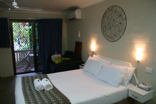 Byron Sunseeker Motel Byron Bay: bed