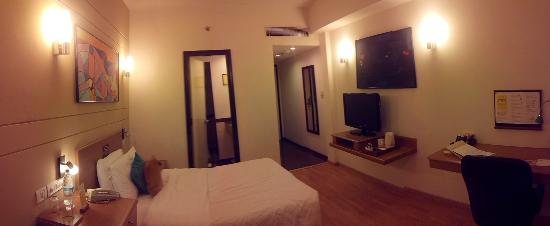 Lemon Tree Hotel, Chennai: room 909