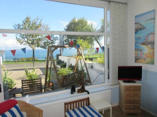 Seabreeze at Babbacombe: Riddlecombe suite sun-lounge view
