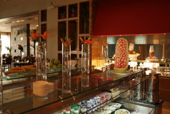 Hilton Garden Inn Riyadh Olaya: Oasis Grill Restaurant