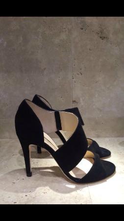 Goccia Shoes: -