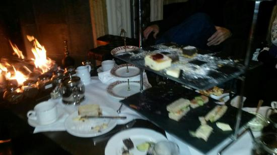 The Mount Hotel: Afternoon tea by the fire