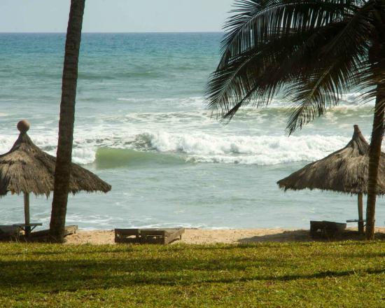Beyin Beach Resort: Beach accomodations