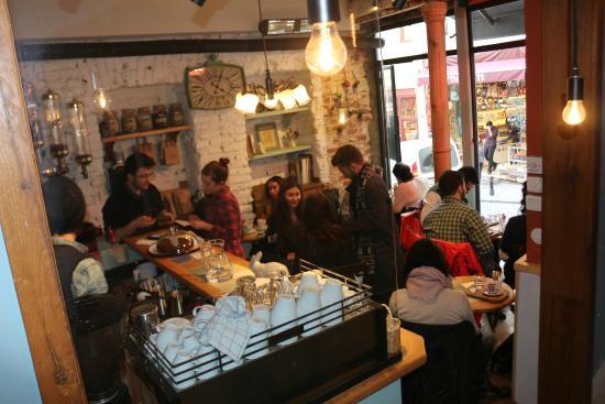 World House Istanbul: Latife Cafe roasts fresh Turkish and Latin coffee everyday