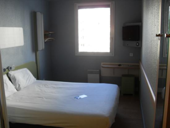 chambre double - Picture of Ibis Budget Paris La Villette, Paris ...