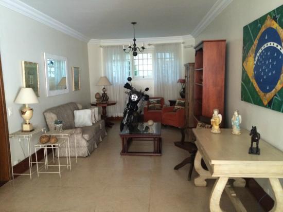 Casa Gialla Pousada: Decoração de entrada