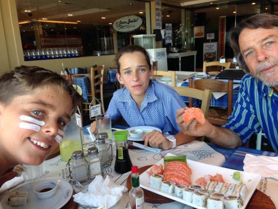 Ocean Basket : Children enjoying a meal