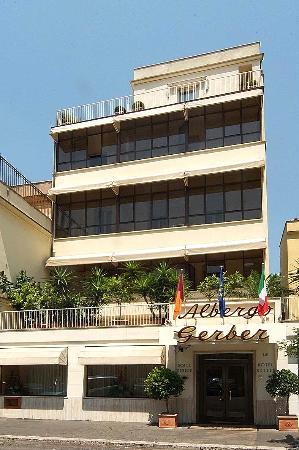 Hotel Gerber: Esterno Hotel