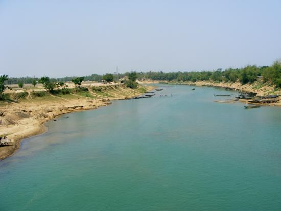 Sylhet City, Бангладеш: Sari river - The blue water river, on the way to Juflong