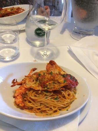 Ristorante Baracca: Spaghetti di grano duro alla Mediterranea con aragosta