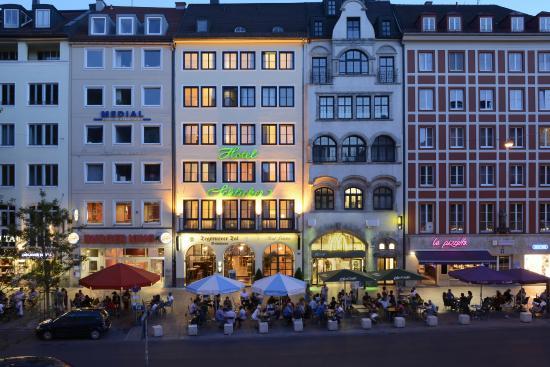 Schlicker酒店
