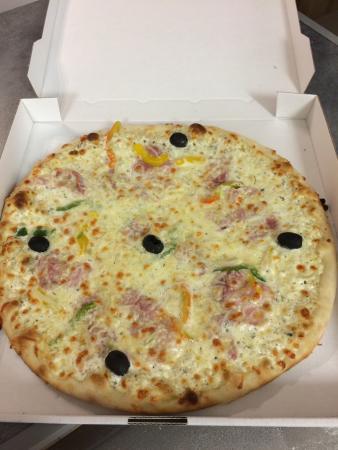 Pollestres, France : Pizza brésilienne