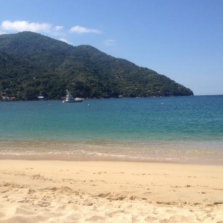 Casa Bahia Bonita: the beach