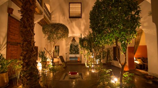 Riad l'Orangeraie: The main patio
