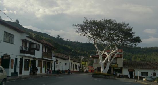 Tibasosa: Plaza Central