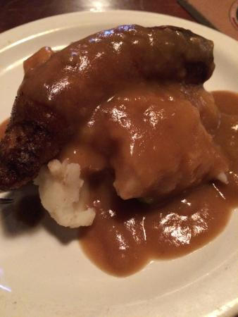 The Ice House Pub : Bangers and mash as part of food tour.