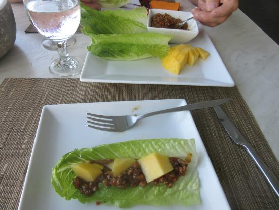 Panlaan Thai on the Bay: One of the lettuce wraps I made.  Comes with fresh mango!