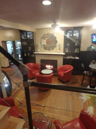 The Cliffs Bistro: relax by the fire