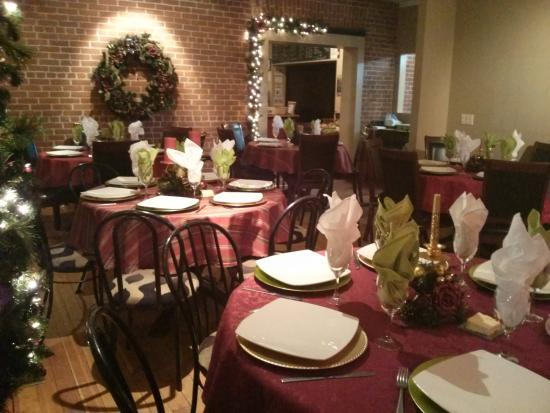 The Cliffs Bistro: for larger groups
